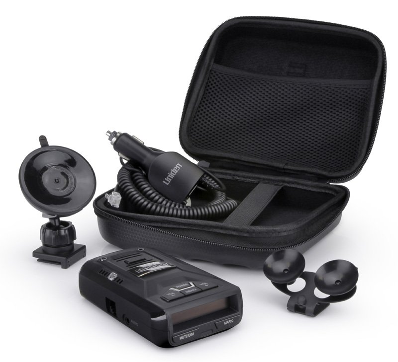Uniden R3 accessories included in box