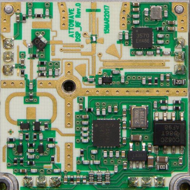 Uniden R1 Internals Under the Hood, RF circuitry