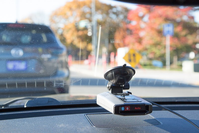 Escort iX Review, Radar Detector mounted on windshield