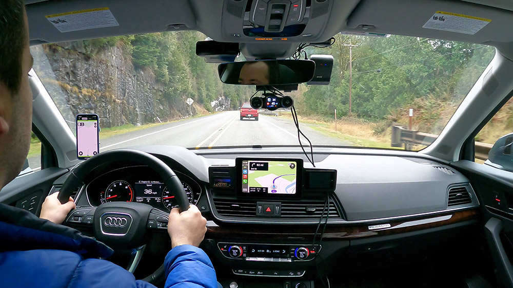Cobra Road Scout mounted on Blendmount, iRadar alert on screen